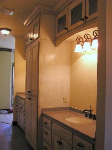 Oklahoma's Best Cabinetmaker building Quality Cabinets and