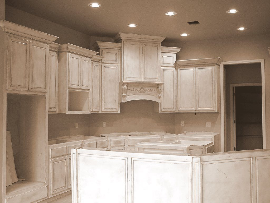 Oklahoma s best cabinetmaker building quality cabinets and for Kitchen cabinets distressed white